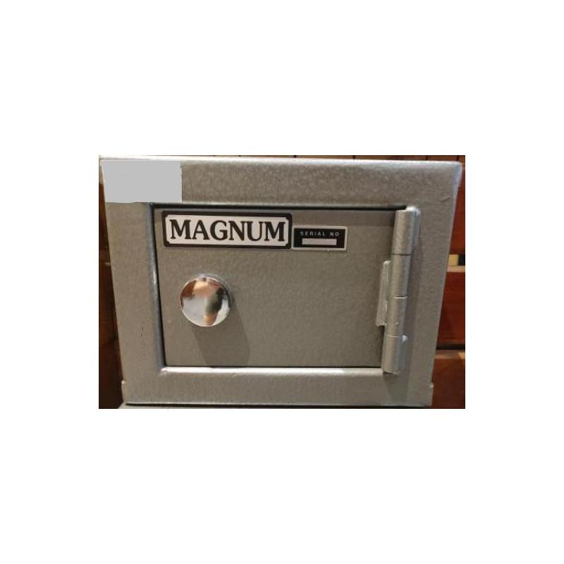 Magnum Pistol Safe MP0 -...